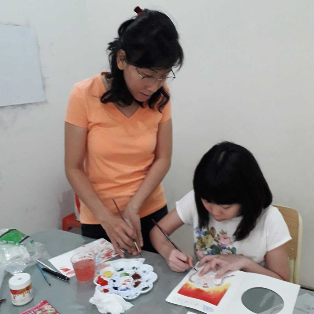 workshop surabaya artkhatulistiwa belajar lukis anak